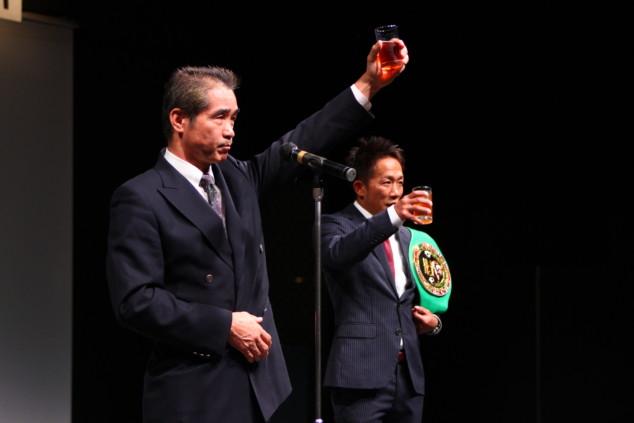 TOMONORI祝賀会:祝・WBCムエタイインター王座獲得